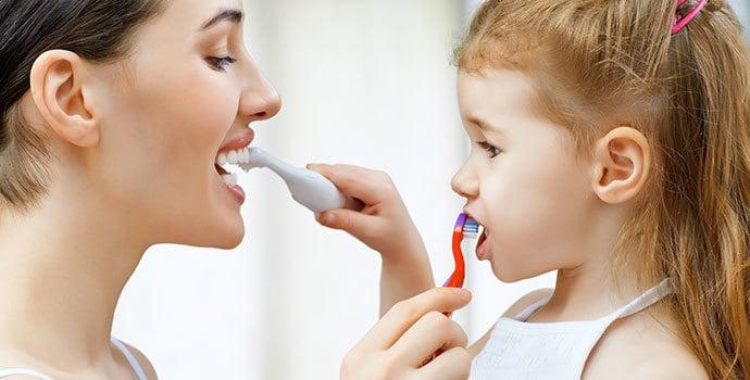 Consejos-para-prevenir-la-caries-dental-en-niños